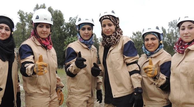 "US, UK Paid ""White Helmets"" Help Al Qaeda Blocking Water To 5 Million Syrians"